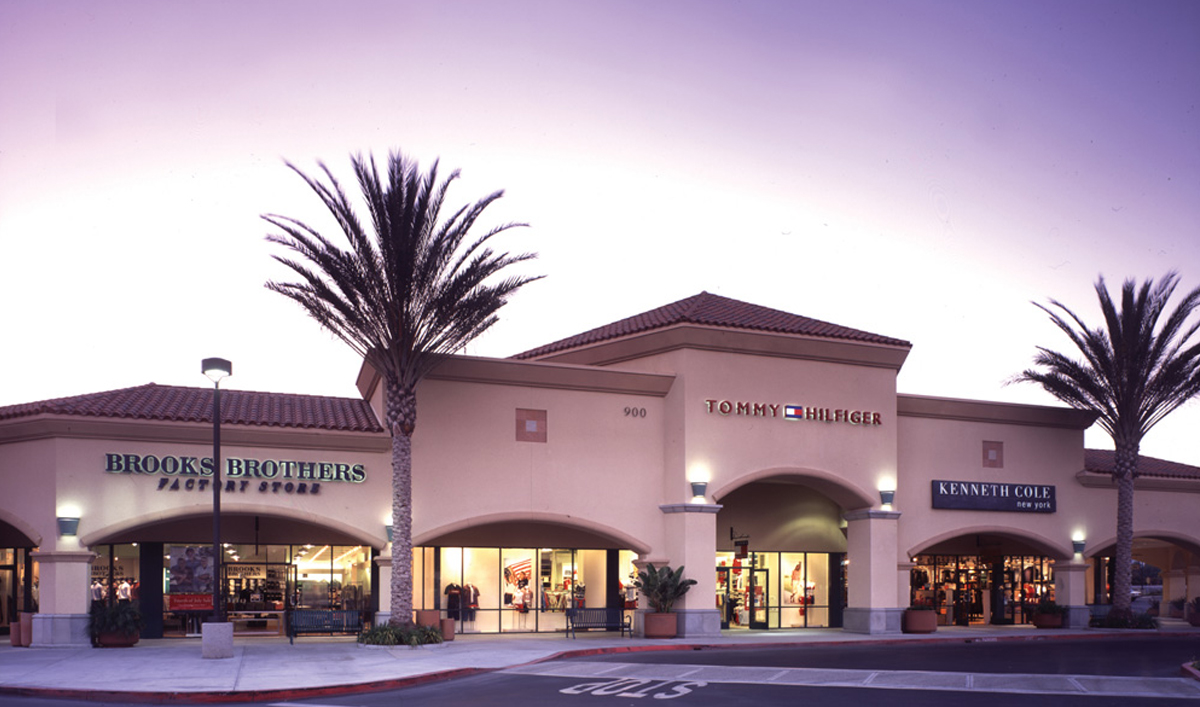 Do Business at Camarillo Premium Outlets®, a Simon Property